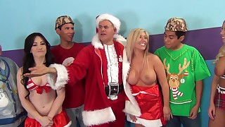 asian bedroom big tits blonde brunette christmas foursome group sex handjob hardcore