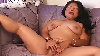 asian bbw blowjob ffm hd shaved pussy small tits threesome toys