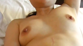 amateur asian close up creampie kissing natural tits trimmed pussy